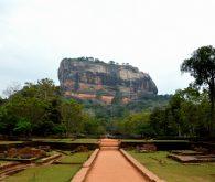 Templji in skale v Dambulli in Sigiriyi