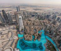 Med puščavo in nebotičniki, Dubaj